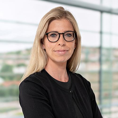 Dr. Julia Schneider