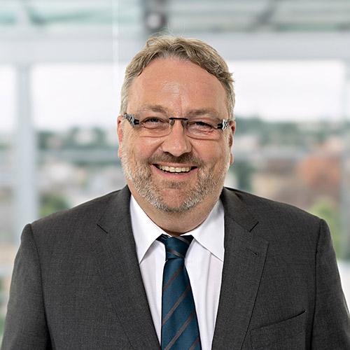 Dr. Matthias Schröder